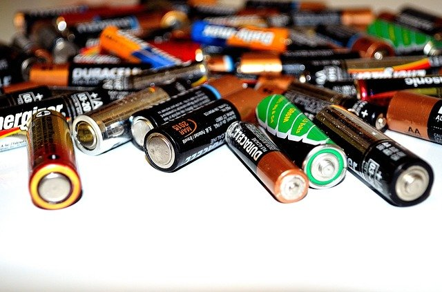 recycling batteries facts